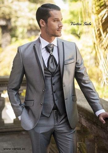 Jas Pria Warna Jas Pengantin Pria Berikut adalah Warna Jas Pengantin Pria yang banyak di gunakan dalam acara Perkawinan seperti,Silver,Putih,Gold,Hitam,Biru,Dongker,Muslim dengan model Slim Fit.